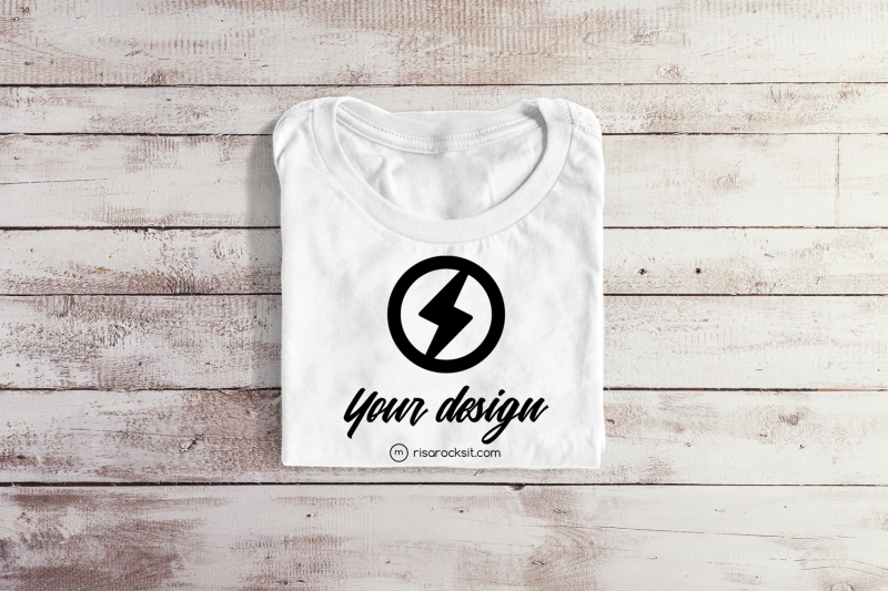 folded-tee-png-mock-up