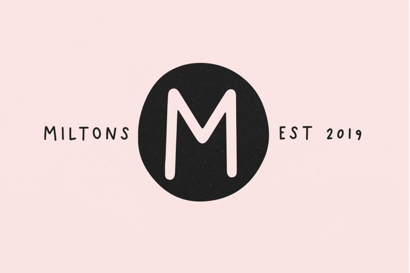 rust-handwritten-monogram-font