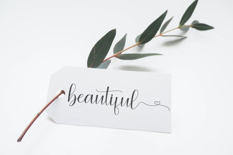angelina-lovely