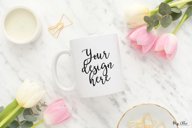 Free Mug styled stock mockup (PSD Mockups)