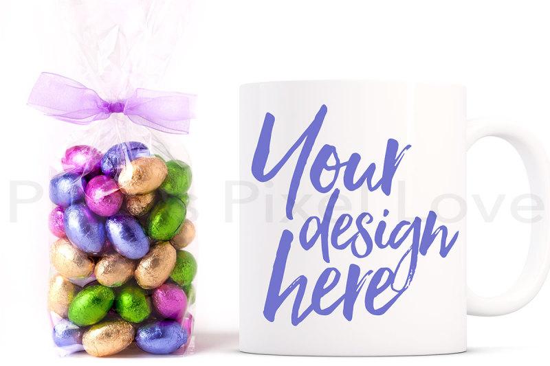Free Easter Mug Mockup (PSD Mockups)
