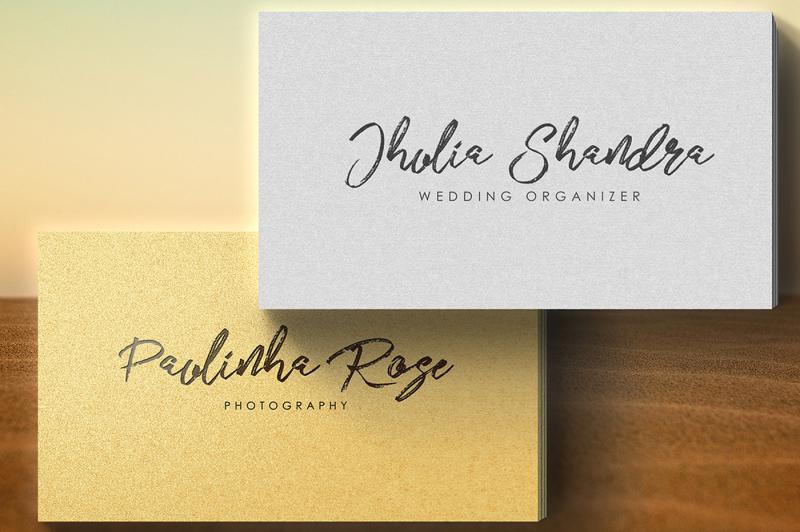 jhelio-brush-font