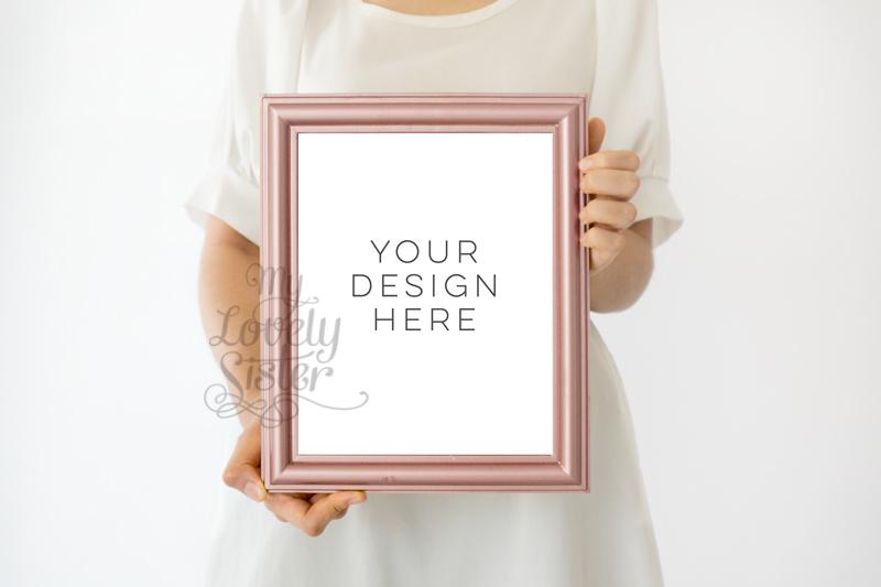 Download rose gold frame mock up, gold rose mock up frame 8x10, rustic pink gold frame, rose gold mock up frame, Wall Art Display Template Styled Free Mockups