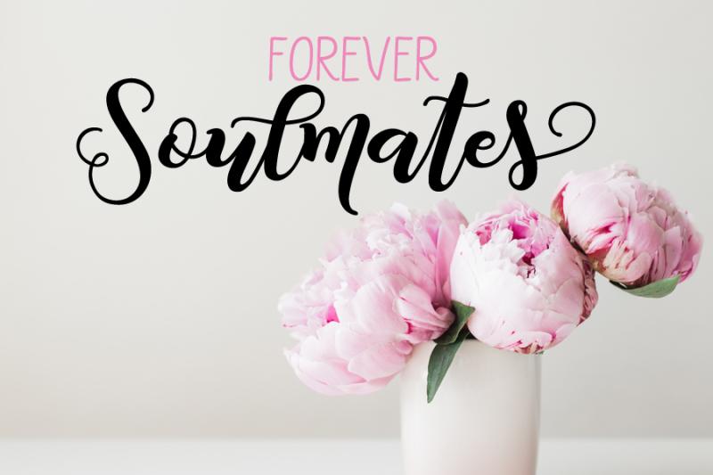 joyful-letters-font-duo