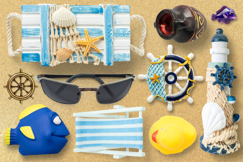 isolated-summer-items