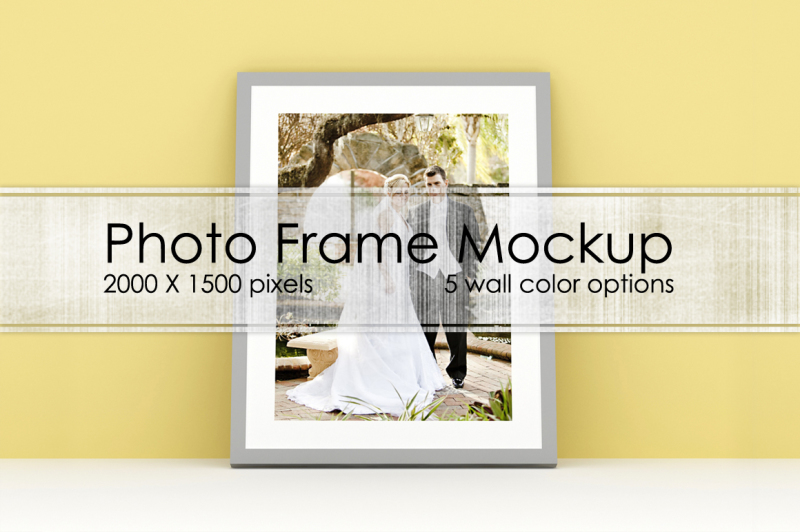 Free Photo frame mockup (PSD Mockups)